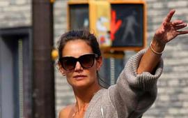 Revisiting Katie Holmes And The Khaite Scarlett Cardigan and Eda Bralette On Her 41st Birthday