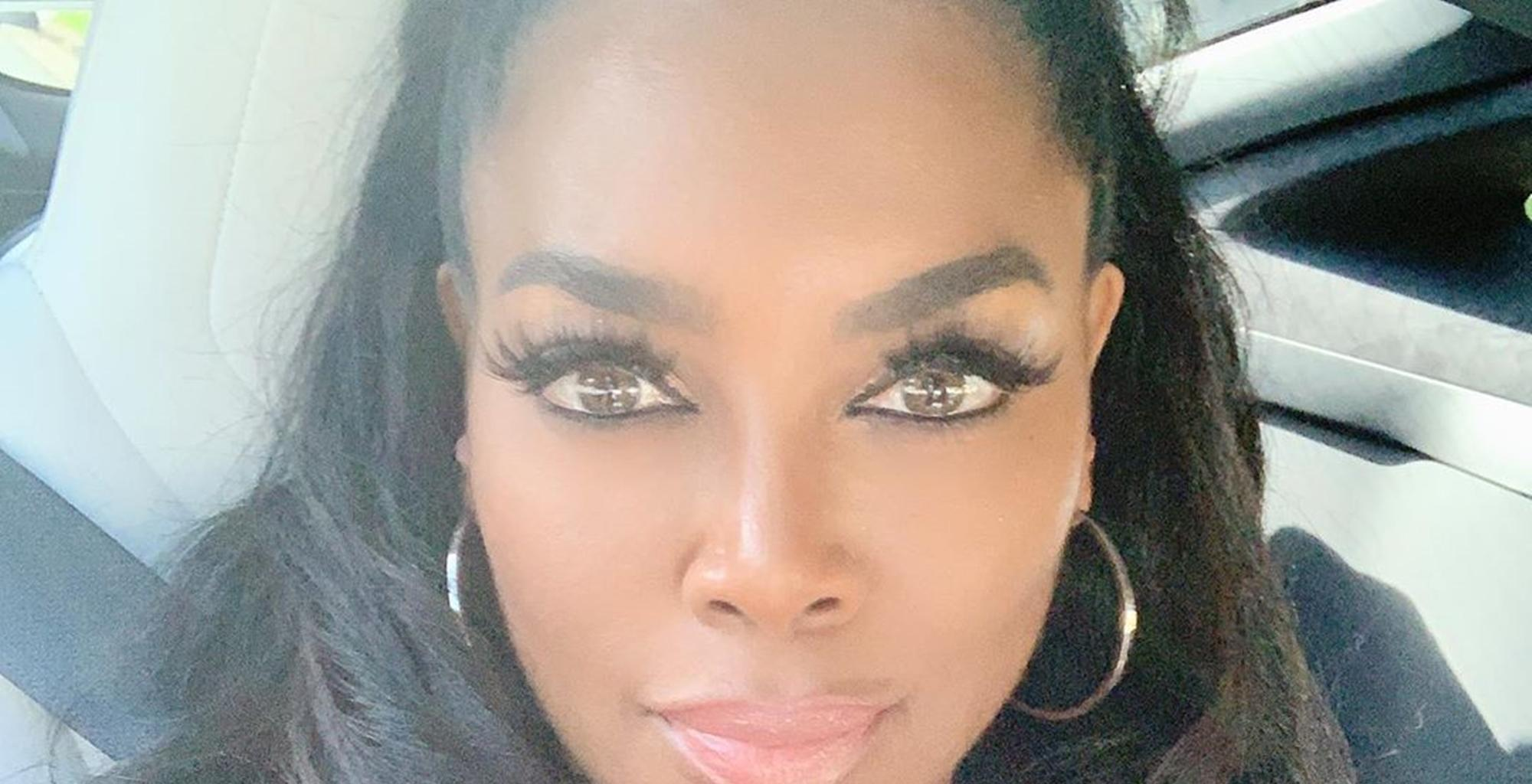 Kenya Moore Shocks Fans With A Footage Featuring An Accident Near Her Home - She And Brooklyn Daly Could Have Been Hit By Tragedy!