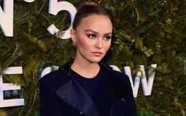 Lily-Rose Depp Is Glamorous In Chanel At The In The Snow Party