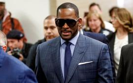 R. Kelly's GF, Joycelyn Savage, Professes Her Unwavering Love And Support For Him In New Message As Some Backers Call Her 'His Wife'