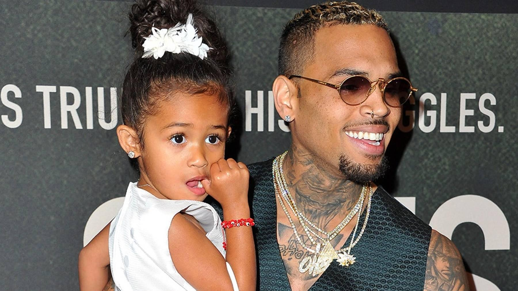 Chris Brown Shares Footage From The Gift Opening Session For Christmas - Check Out Adorable Royalty Brown