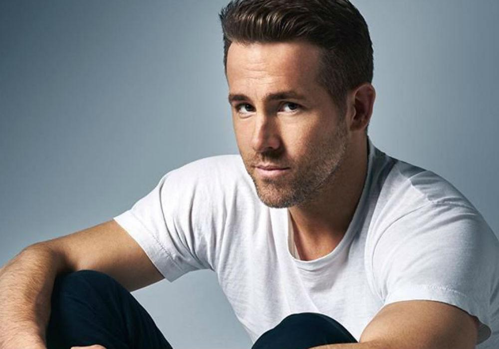 Ryan Reynolds Is Nearly Crushed By Broken Barricade And Hundreds Of Fans At Brazil Comic-Con