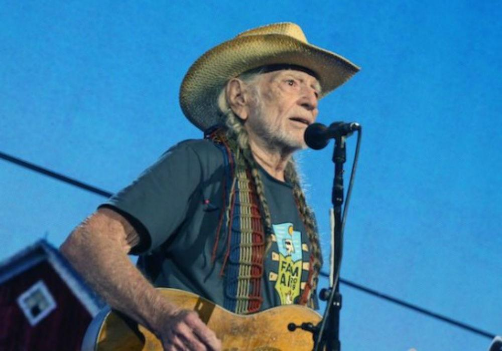 Willie Nelson Reveals He's Made A Surprising Life Change Due To Recent Breathing Issues