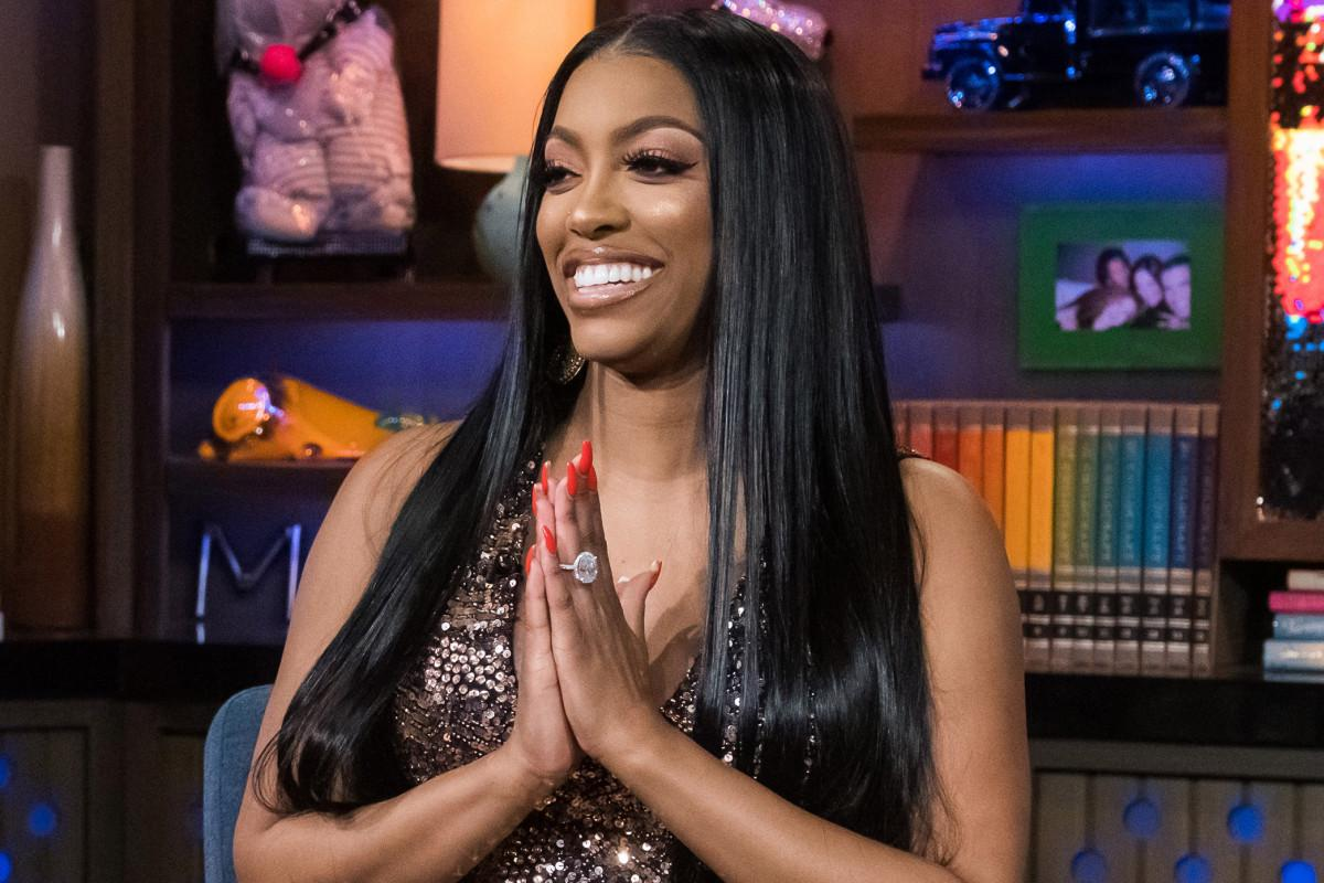 Porsha Williams Shows Off Her Holiday Decorations And And Her House Is A True Winter Wonderland