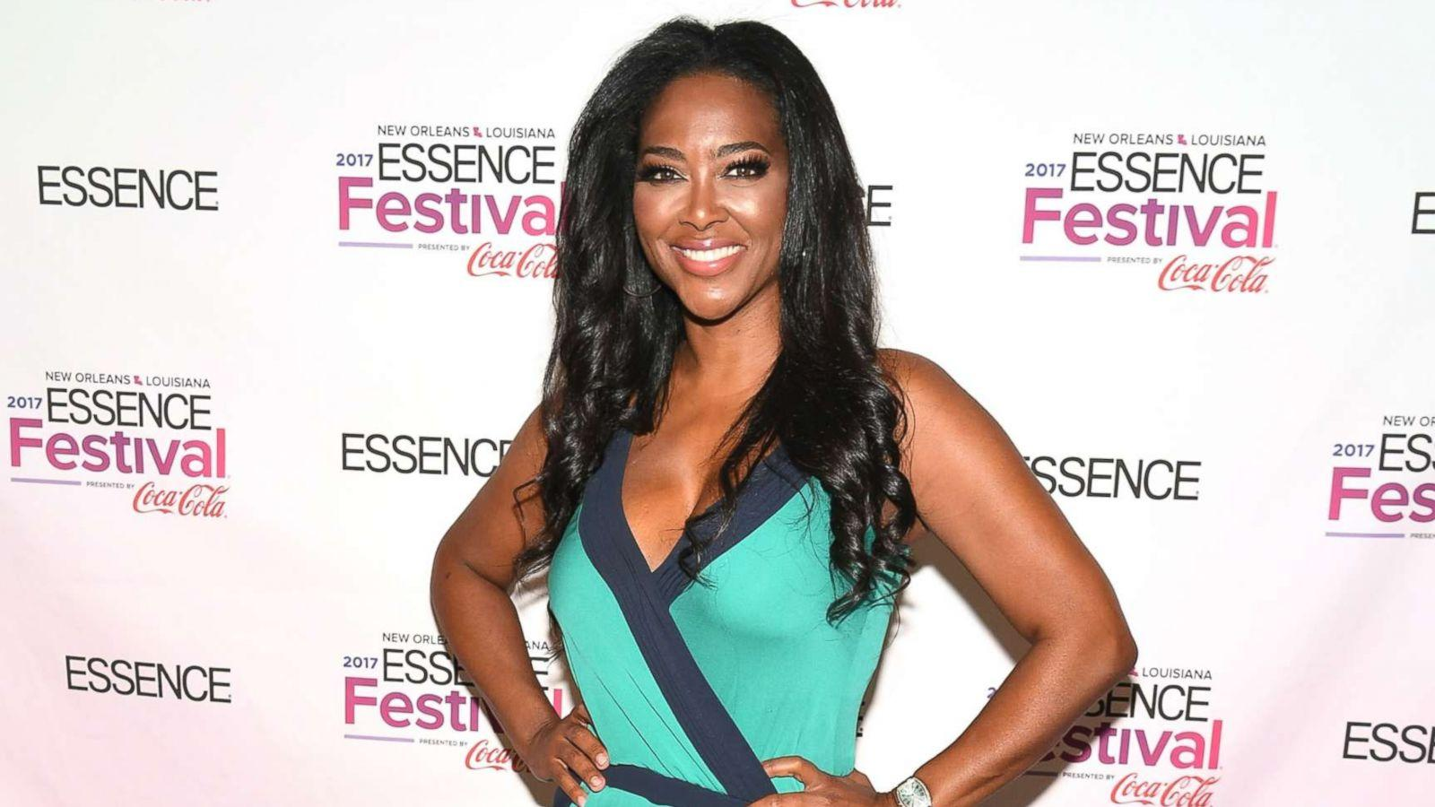 Kenya Moore Shares The Dolly Parton Challenge And Fans Say She Deserves A New King