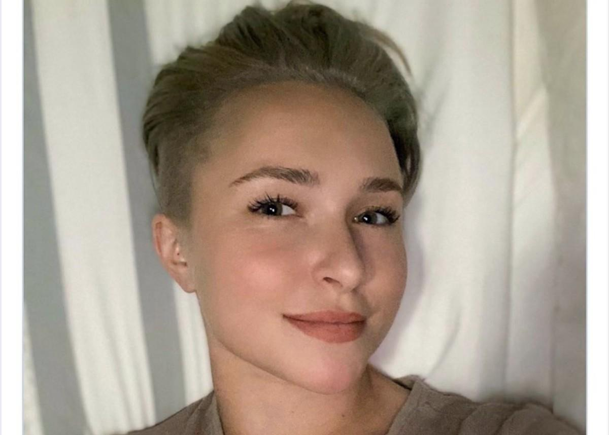 Hayden Panettiere Shows Off New Pixie Cut And References Kirby From Scream 4