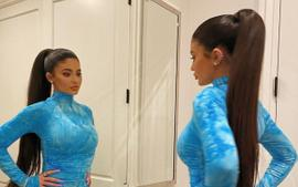 Kylie Jenner Looks Gorgeous In Sky Blue Mock Neck Zippered Dress From Sorella Boutique