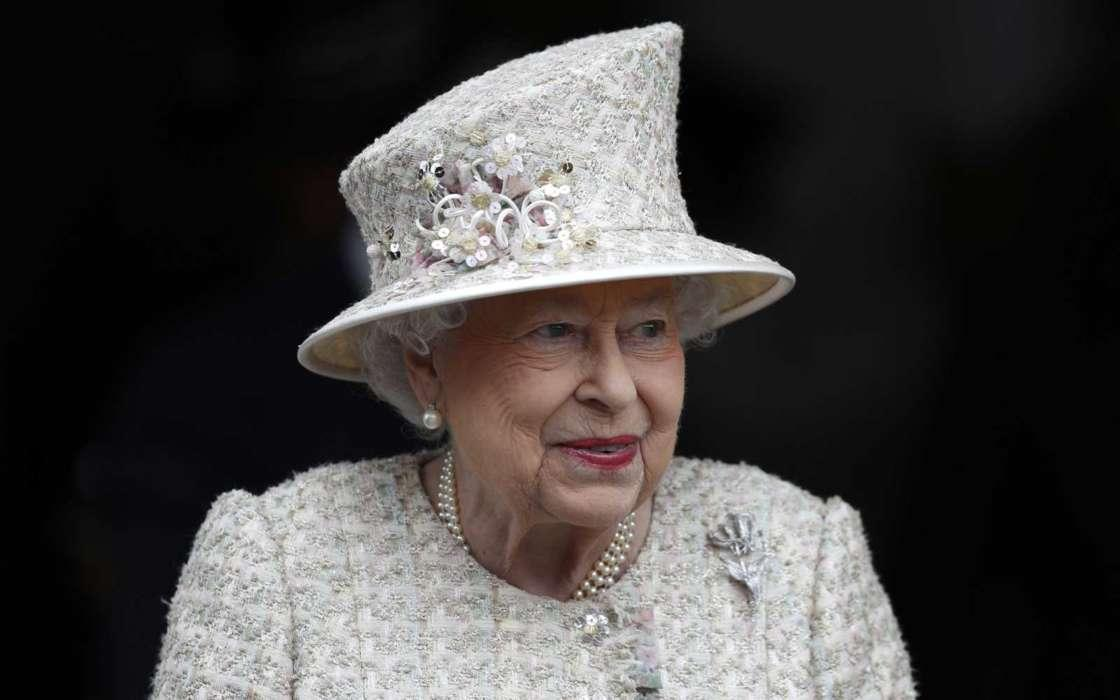 Queen Elizabeth Reportedly 'Upset' At Not Being Able To See Baby Archie