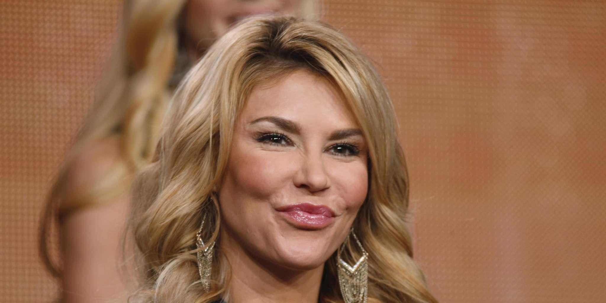 Brandi Glanville Hints That She's Coming Back To RHOBH? - Check Out The Cryptic Tweet That Has Fans Guessing!