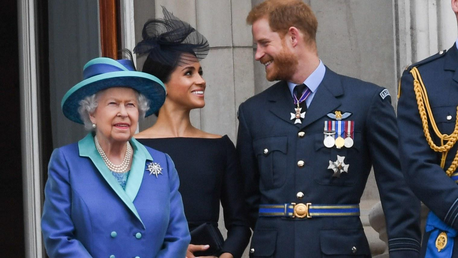Prince Harry And Meghan Markle Will Struggle To Exit The Royal Family In The Way That They Want To And Here's Why!