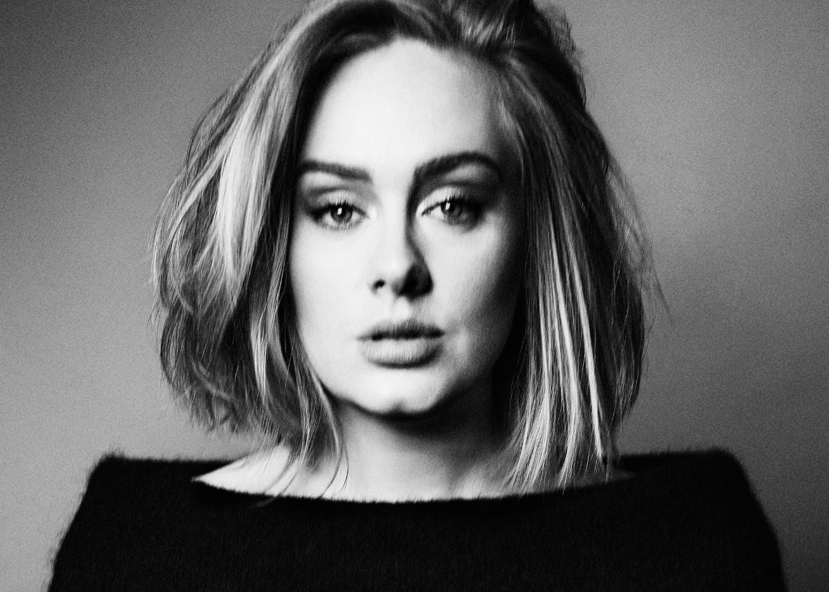 Adele Keeps Yelling At People And Some Think It's Because She's Starving
