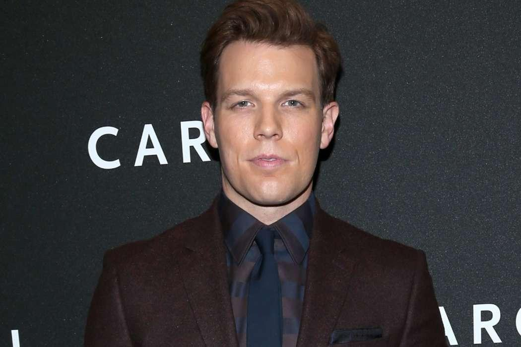 Jake Lacy Says He's Not A 'Bernie Bro' - Doesn't Think People Should Listen To Actors