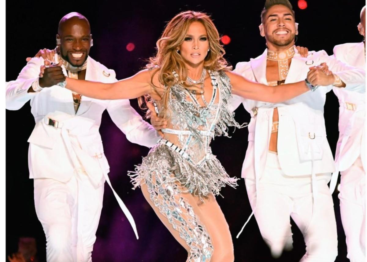 Jennifer Lopez Wore Versace To The Super Bowl