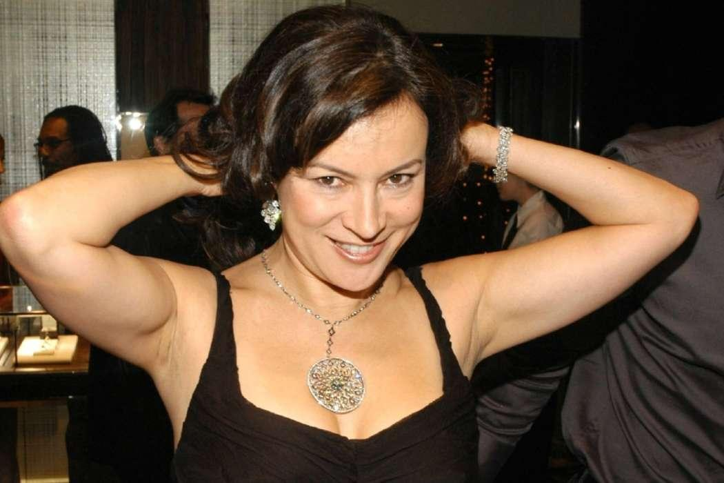 Jennifer Tilly Claims Keanu Reeves And Alexandra Grant Have Been Together For 'Years'