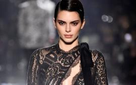 Kris Jenner Gushes Over Kendall Jenner As She Walks The Tom Ford Runway