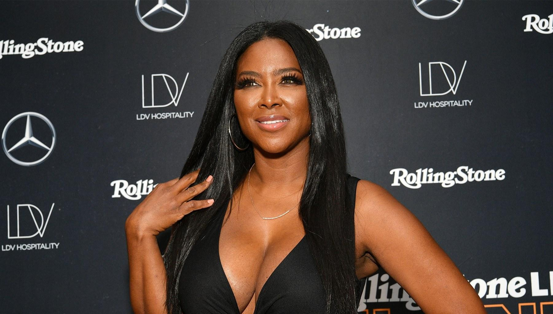 Kenya Moore Shows Marc Daly What He Is Missing In Alluring Cleavage Photo -- Will Brooklyn's Parents Reconcile?