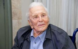 Kirk Douglas Didn't Leave Michael Any Of His Money After He Died