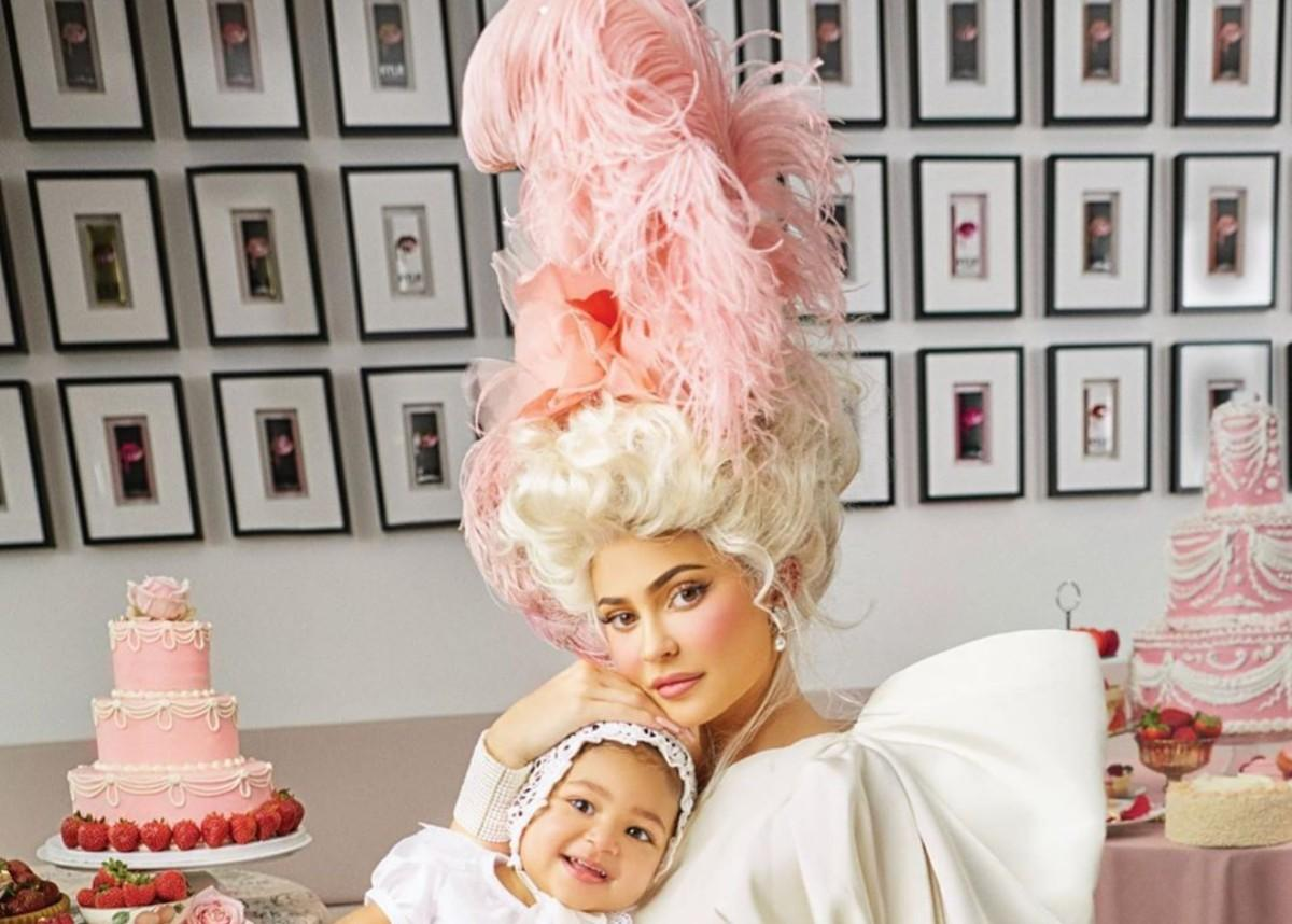 Kylie Jenner Is Gorgeous As She Covers Harper's Bazaar US For March Issue In Valentino — Poses With Stormi Webster