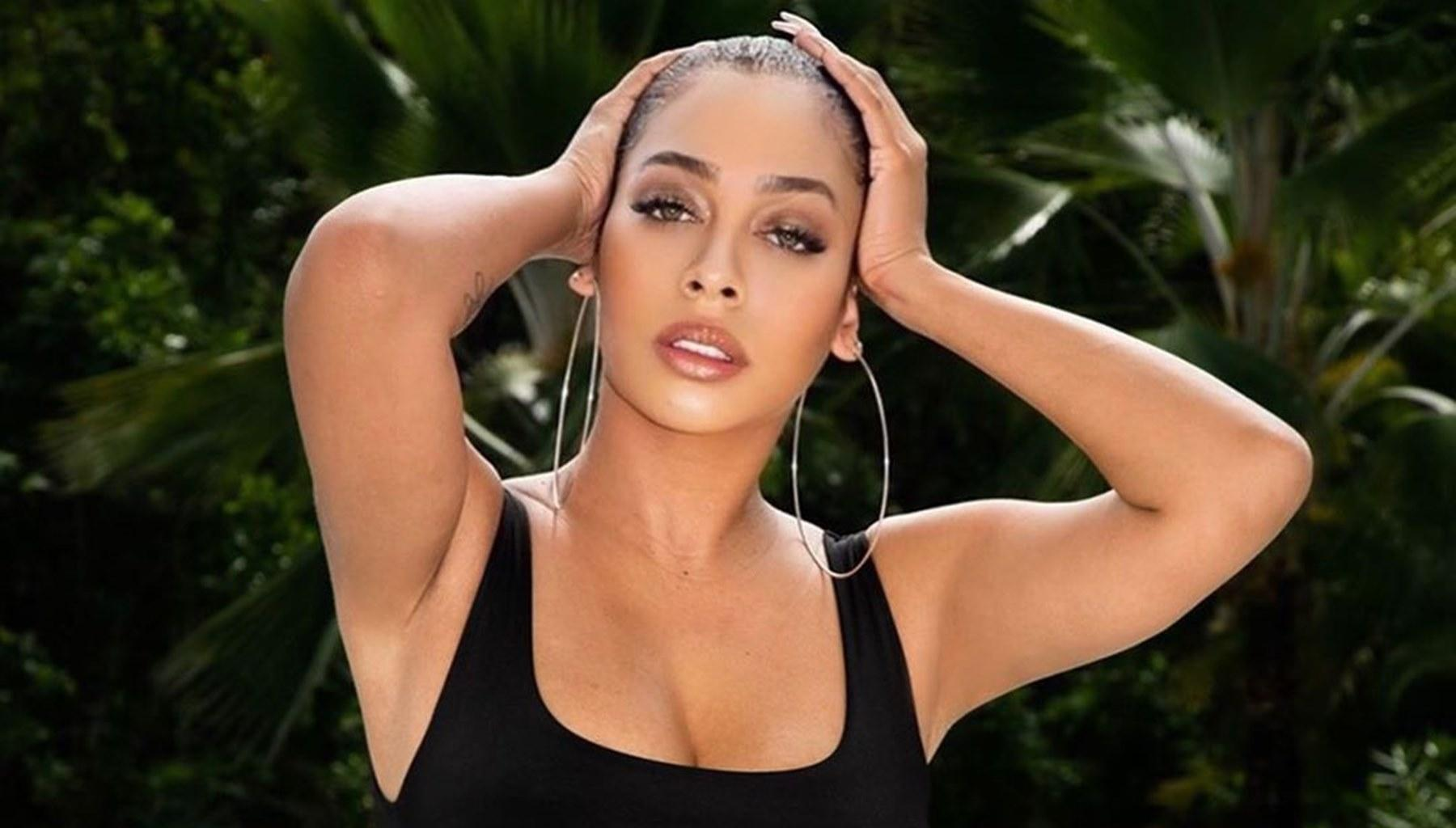 La La Anthony Sets The Mood With Strappy Bathing Suit Photo -- Husband Carmelo Anthony Is Having An Epic Valentine's Day