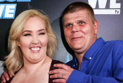 Mama June Surfaces In Florida With Boyfriend Geno Doak After It's Revealed She Won't Get Paid For Upcoming Season Of From Not To Hot