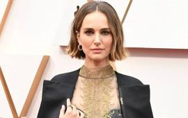 Natalie Portman Wore Christian Dior To The Oscars And Honored Female Directors With A Special Fashion Statement