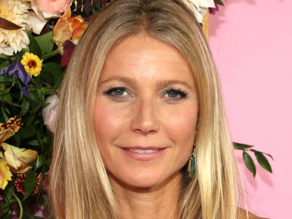 Gwyneth Paltrow References Her Movie Contagion And Coronavirus As She Jets Off To Europe