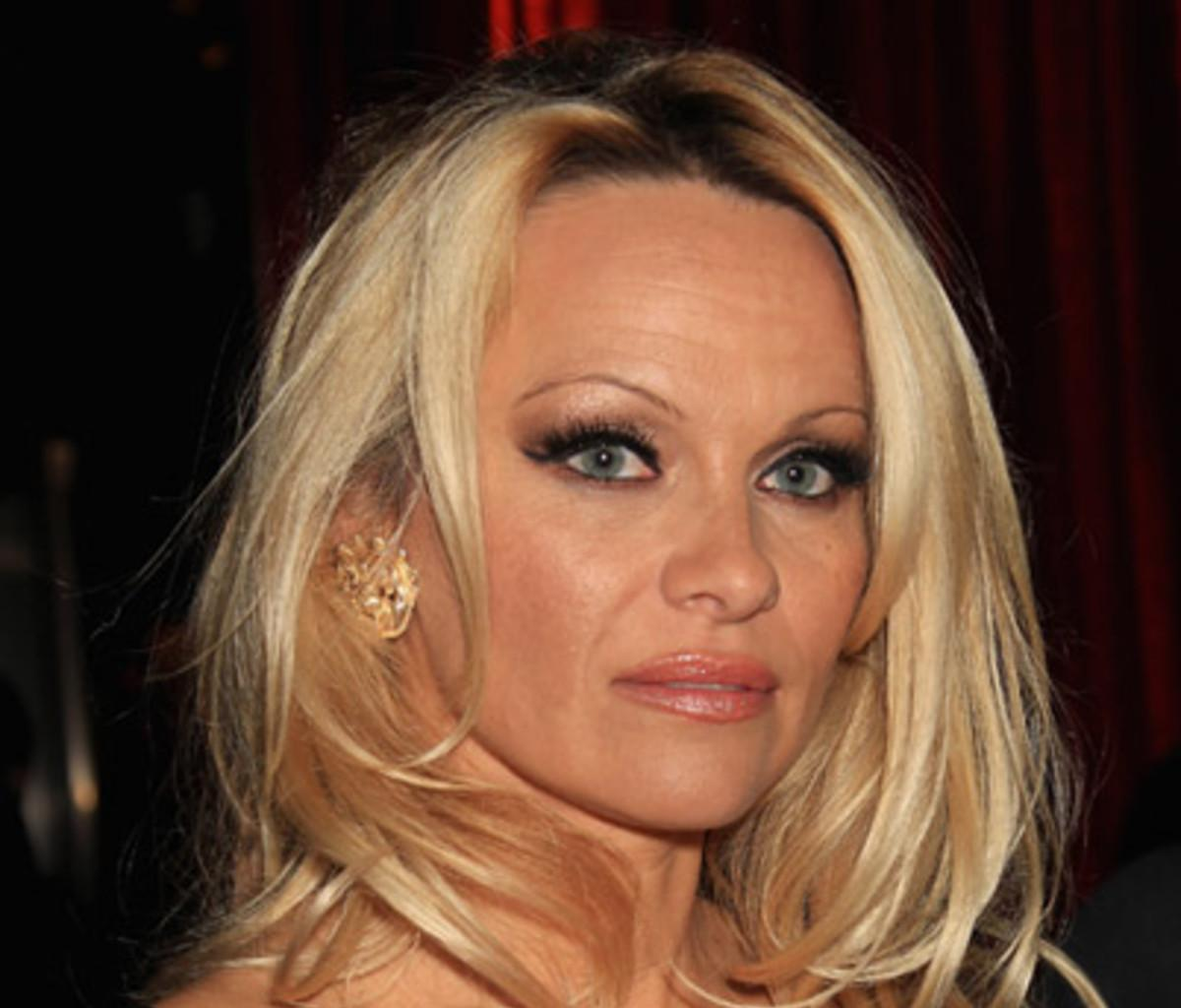 Pamela Anderson Says She Has A $10 Million Home -- Doesn't Need Anyone To Pay Her Debts