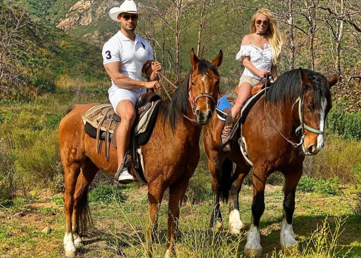 Sam Asghari Shares Sweet Valentine's Day Message To His Lioness Britney Spears