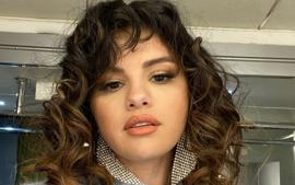 Selena Gomez Unveils Curly Hairstyle As She Promotes New Makeup Line Rare Beauty