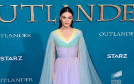 Sophie Skelton Puts Her Curves On Full Display In Breathtakingly Beautiful Sheer Gown At The Outlander Premiere