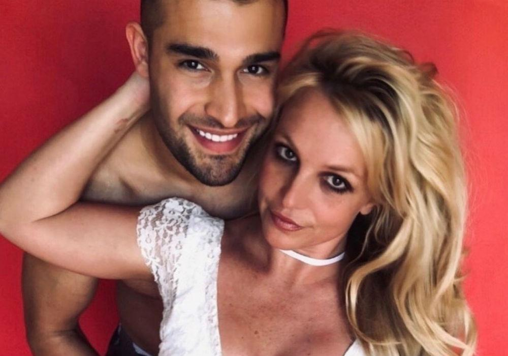 Britney Spears Fans' Believe She Might Be Pregnant With Sam Asghari's Baby