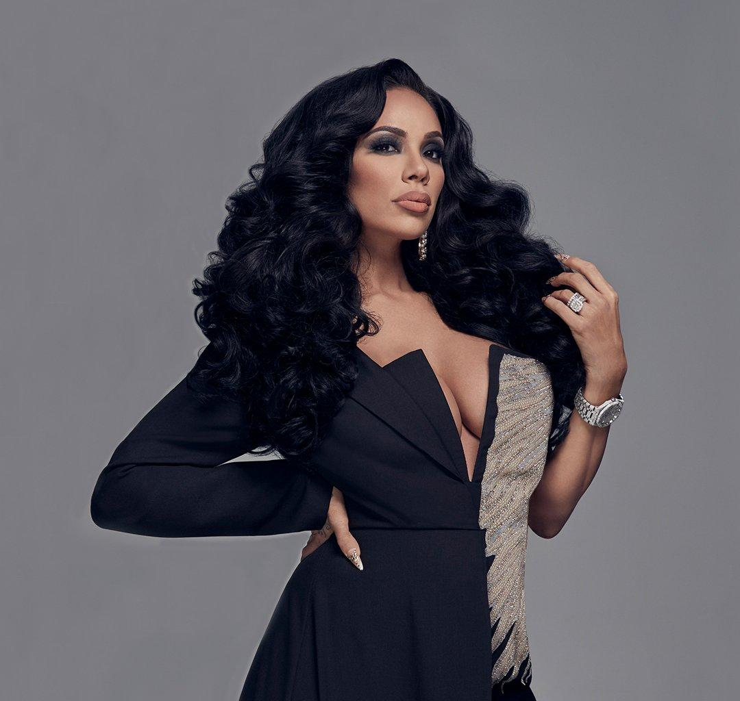 Erica Mena Flaunts Her All-Natural Face And Hair - See The Video