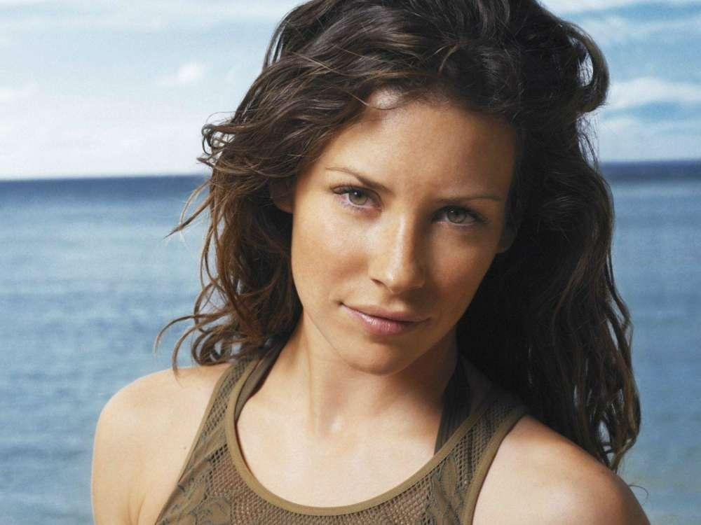 Evangeline Lilly Says She's Not Staying Home For Quarantine - She Needs To Live