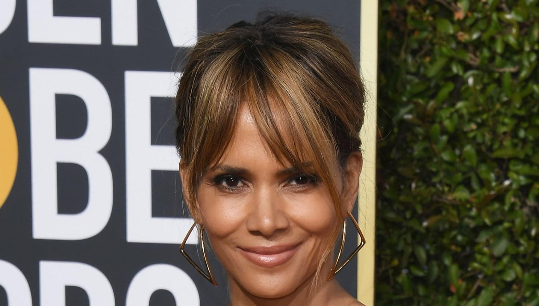 Halle Berry Finally Addresses Reports She Is Dating Her Hunky Trainer Peter Lee Thomas After Creating Confusion With This Sizzling Photo