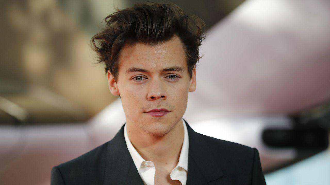 Harry Styles Opens Up About His Quarantine Routine!