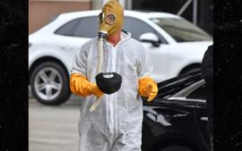 Howie Mandel Arrives On AGT Set Wearing Hazmat Suit And A Gas Mask To Avoid The Coronavirus!