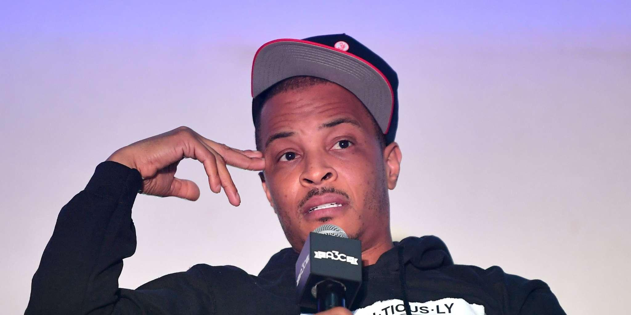 T.I. Reveals His Secret Family And Fans Co Grazy - Check Out This Mind-Blowing Family Portrait Featuring The Rapper