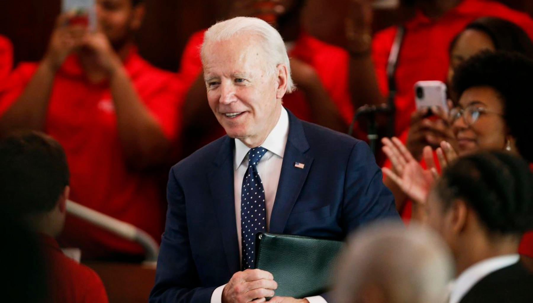 Joe Biden Has Enlisted Barack Obama To Help Him Make This Very Important Decision