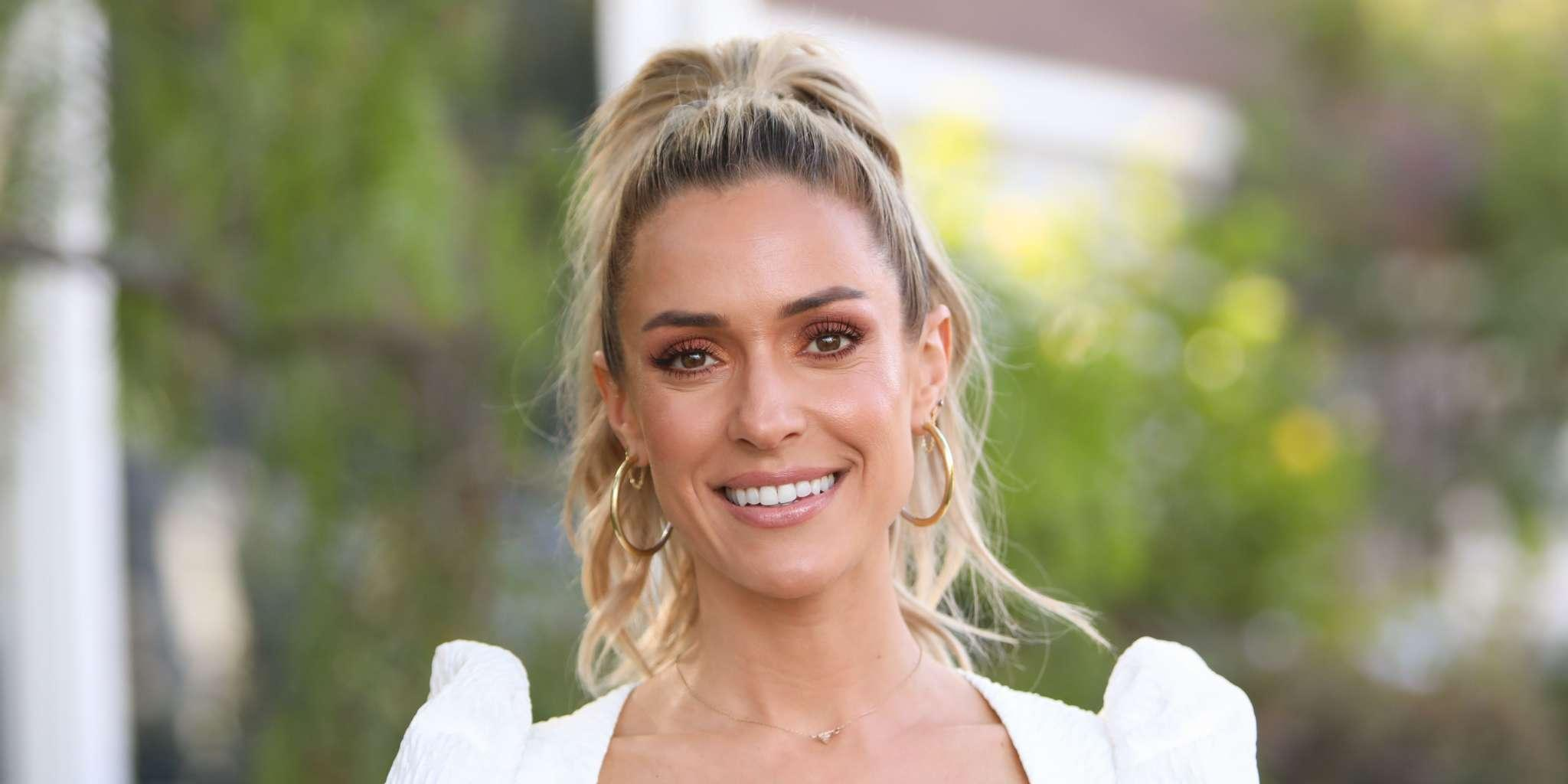 Kristin Cavallari Criticized For Not Self-Isolating After She Posts Hot Beach Pic!