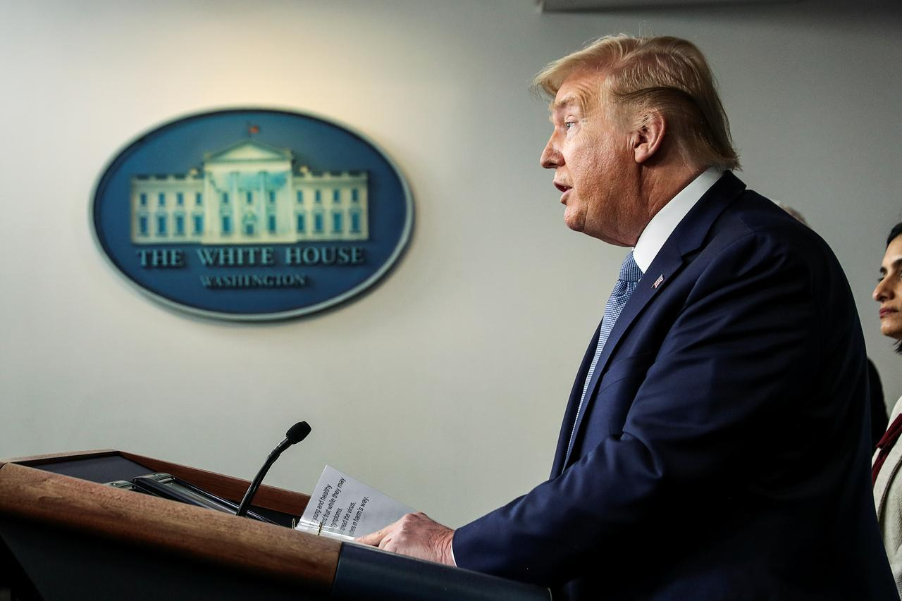 President Donald Trump Announces That The Guidelines To Fight Coronavirus Are In Effect For 15 Days, But The Virus Could Linger Until July Or August