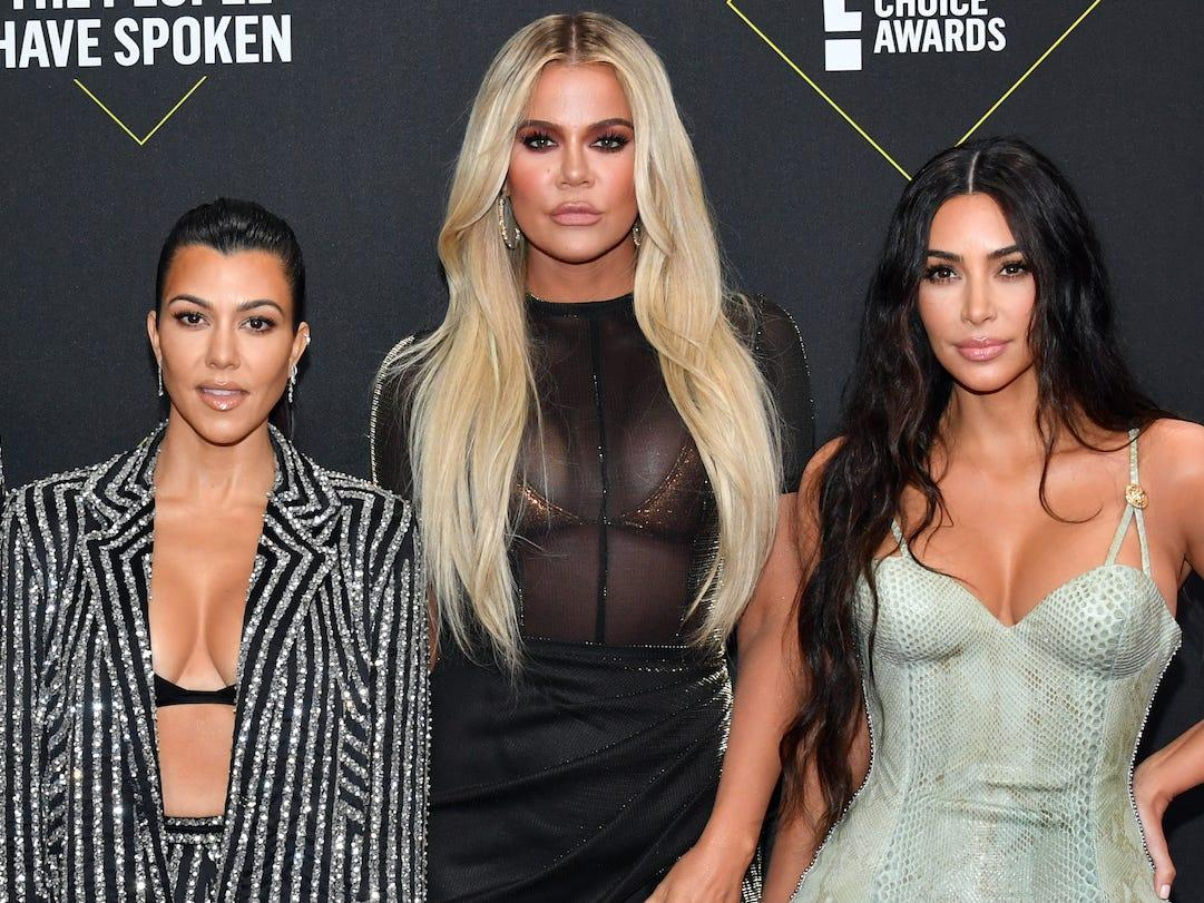Kourtney Kardashian Says Her Sisters Kim And Khloe Still Don't Like That She's 'Setting Boundaries' With Her KUWK Screen Time