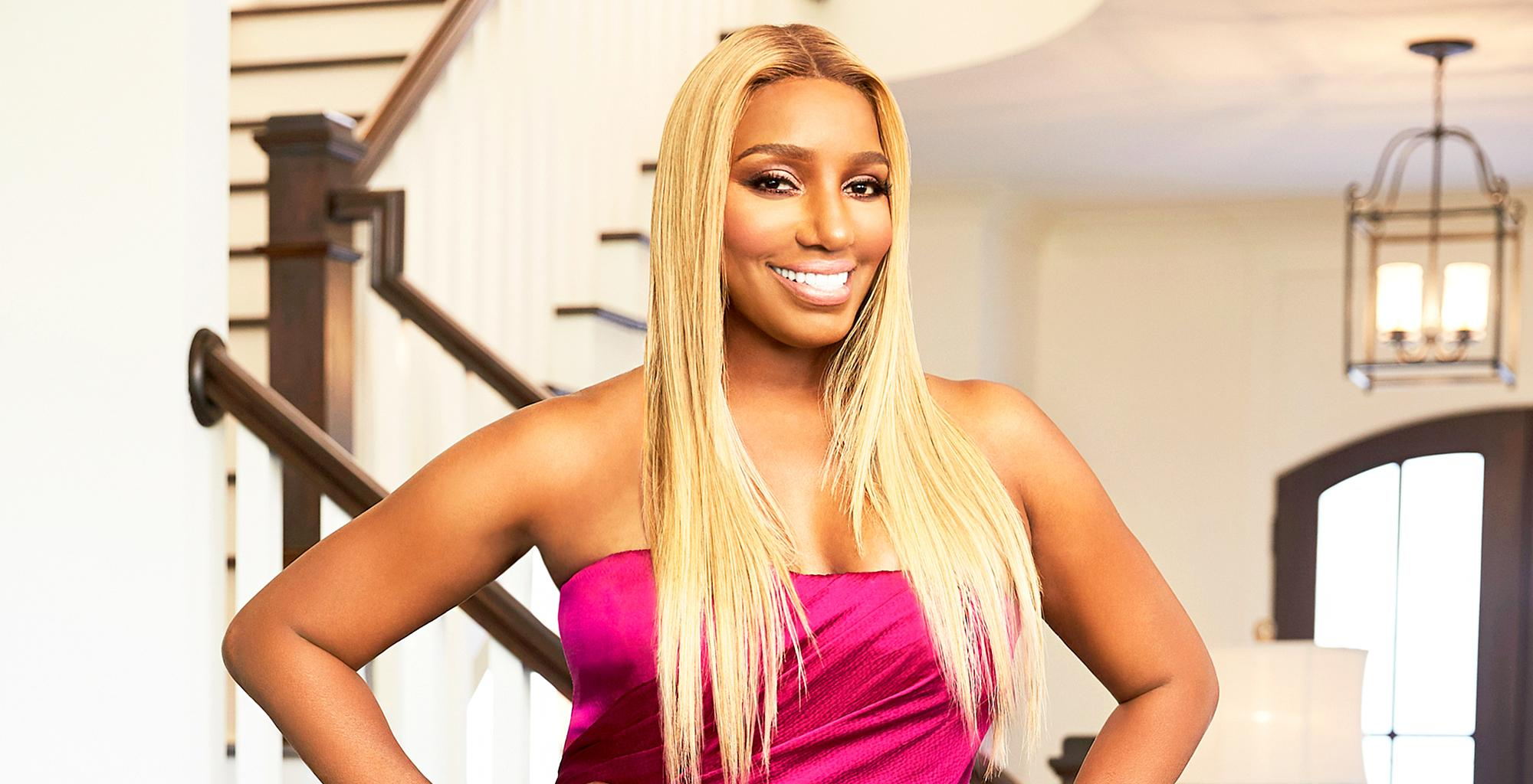 NeNe Leakes Addresses Fans In Her Favorite White T-Shirt, Flaunting A Massive Cleavage - See The Video