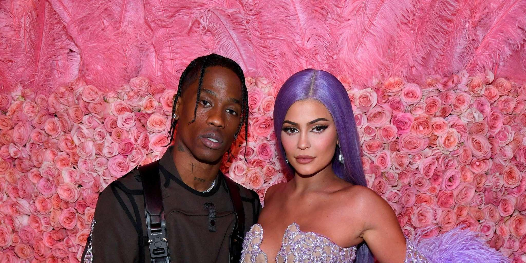 Kylie Jenner Reads Books About Soul Mates After Getting Back Together With Her Baby Daddy, Travis Scott