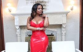 Kandi Burruss Reminisces The Pre-Quarantine Days Filled With Shows And Joy - See Her Video