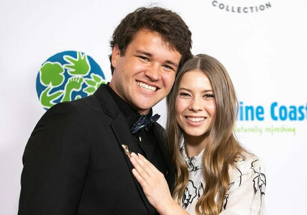 Bindi Irwin Dishes On Her 'Whirlwind' Wedding With New Husband Chandler Powell Amid COVID-19 Pandemic
