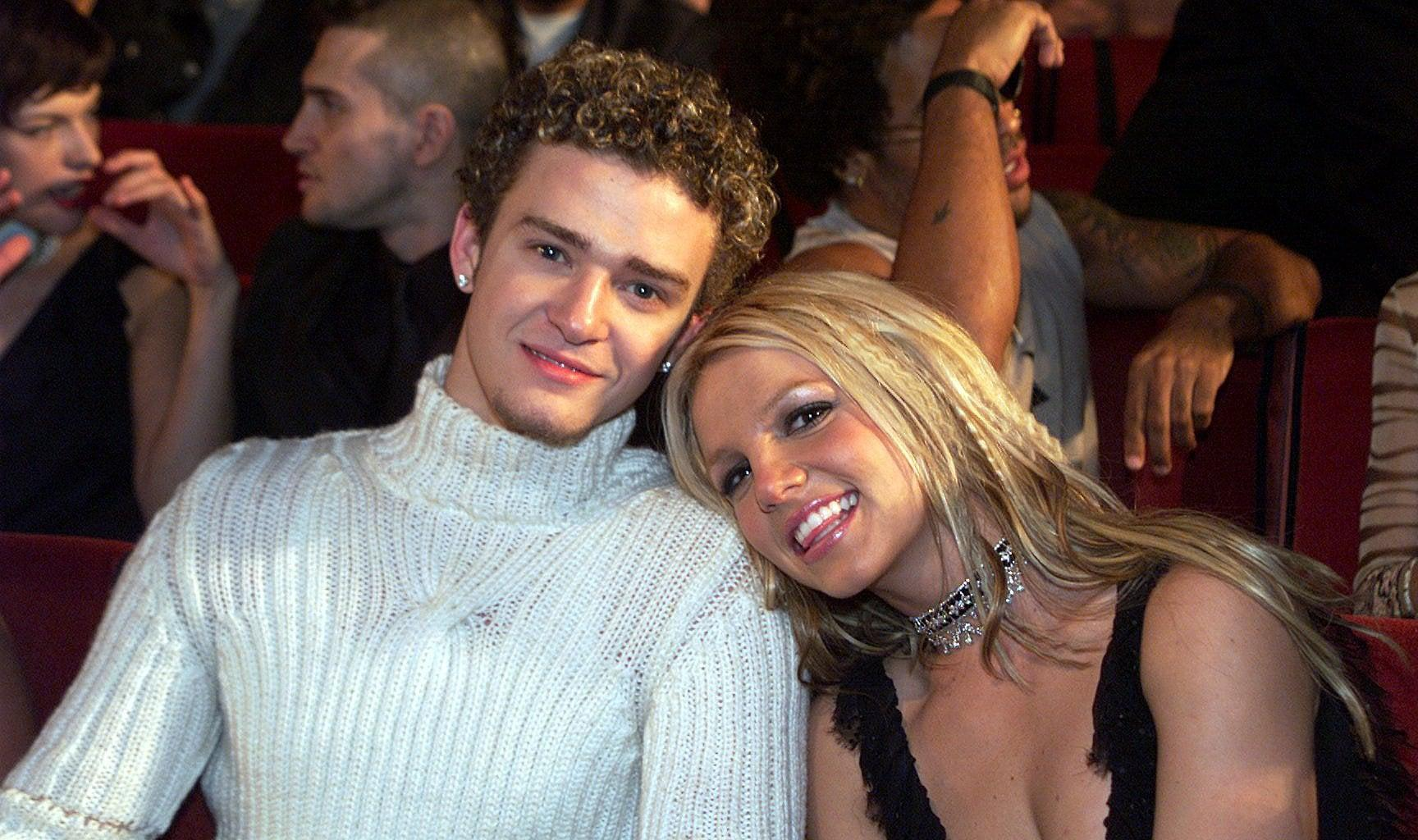 Britney Spears Dances To Her 'Genius' Ex Justin Timberlake's Song And Shows Him Love - He Sends Her Love Right Back!