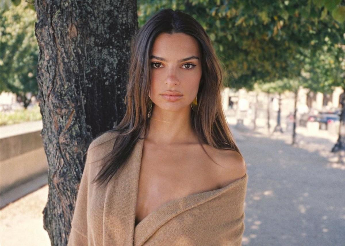 Emily Ratajkowski Leaves Little To The Imagination In New Plunging Bathing Suit Photos