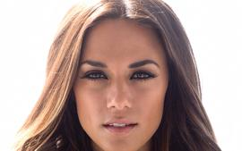 Jana Kramer Reveals The One Game Couples Should Play If They Want To Get Divorced