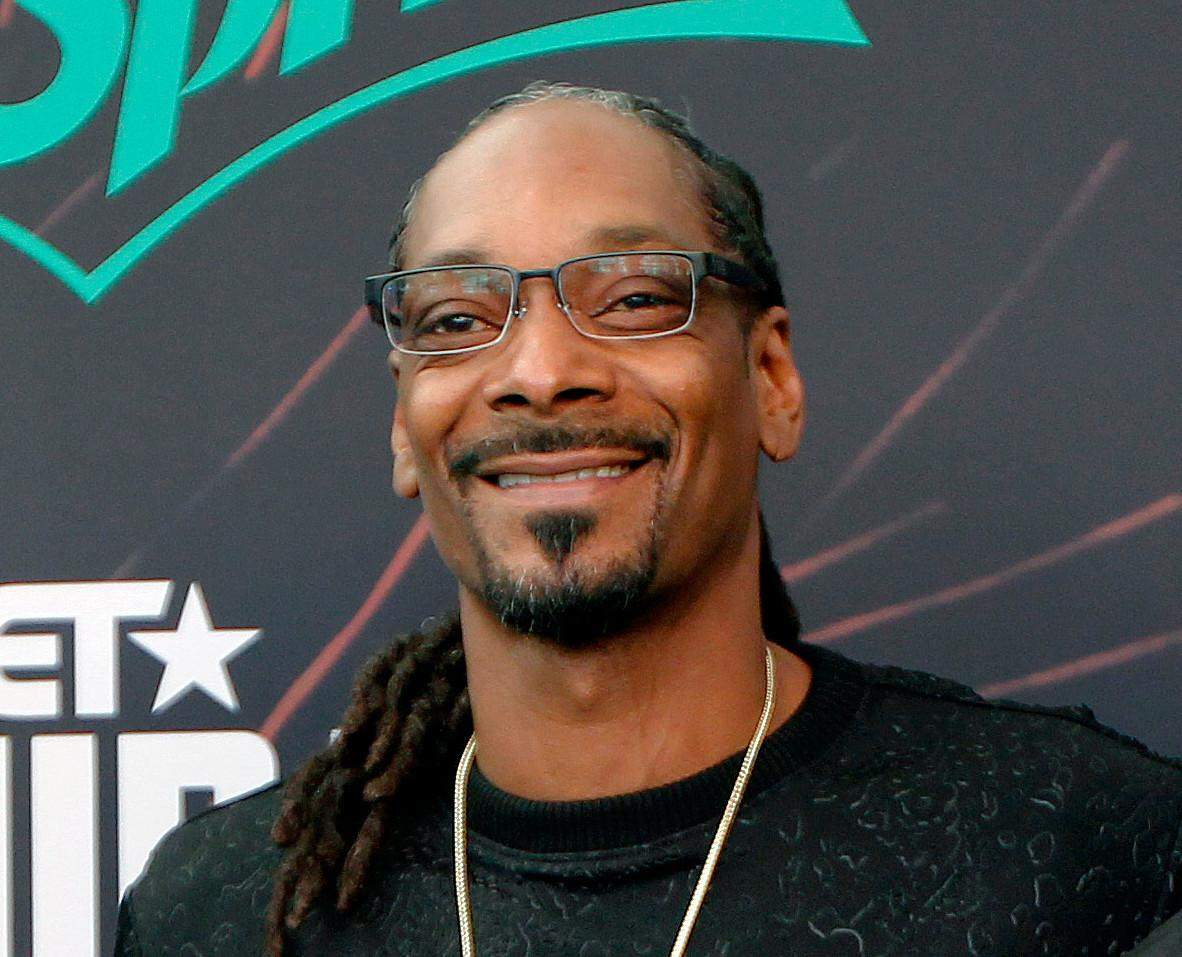 Snoop Dogg Gets Bashed By Women After He Suggests Ditching The Wigs And Growing Natural Hair - See This Video