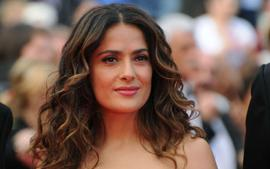 Salma Hayek Does Yoga In Cocktail Dress And Heels And Fans Are Confused